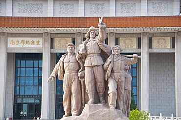 Heroic statues in front of the mausoleum of Mao Tse Tung, Beijing, China, Asia