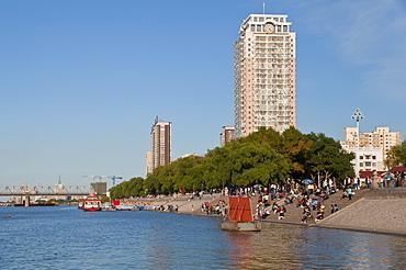 Promenade at the Songhua river, Harbin, Heilongjiang, China, Asia