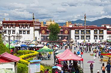 Jokhang Temple, Lhasa, Tibet, Asia