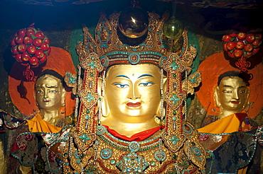 Tibetan Buddhism, old golden rock relief of Buddha, Palha Lu-Puk Monastery, Lhasa, Himalayas, U-Tsang, Central Tibet, Tibet Autonomous Region, People's Republic of China, Asia