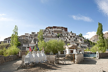 Tibetan Buddhism, monastery complex on a hill, Thikse Gompa Monastery near Leh, Ladakh district, Jammu and Kashmir, India, South Asia, Asia