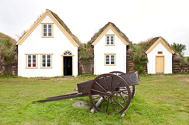 Open-air museum with cart, sod houses, turf and sod constructions, Skagfjordur Heritage Museum, GlaumbÊr, Glaumbaer, Iceland, Scandinavia, Northern Europe, Europe