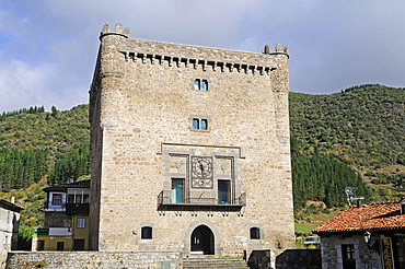 Torre del Infantad, town tower, Town Hall, Potes, small town, Picos de Europa, Peaks of Europe National Park, Cantabria, Spain, Europe