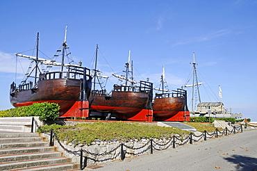 Humans and the sea, museum, antique ships, La Magdalena peninsula, Santander, Cantabria, Spain, Europe