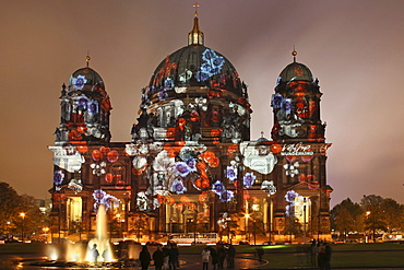 Berliner Dom cathedral, Museumsinsel island, UNESCO World Heritage Site, Festival of Lights 2010, Berlin, Germany, Europe