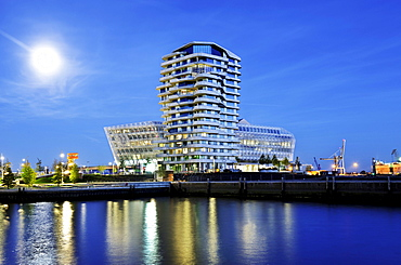 Marco-Polo-Tower and the Unilever headquarters on the Strandkai quay in the Hafencity district in Hamburg, Germany, Europe