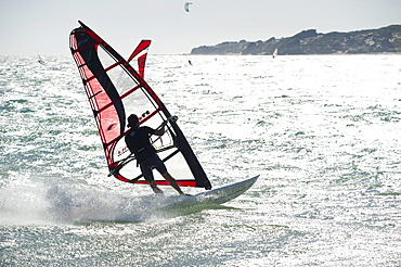 Wind surfers and kite surfers surfing near Tarifa, Costa del Luz, Andalucia, Spain, Europe