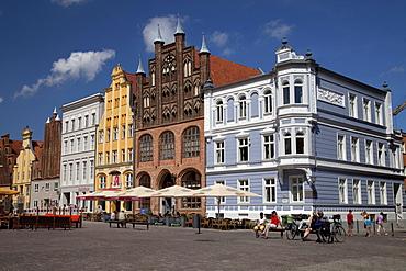 Alter Markt marketplace with Ratsapotheke pharmacy and Wulflamhaus building, Stralsund, Unesco World Heritage Site, Mecklenburg-Western Pomerania, Germany, Europe