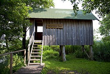 Lookout hut on Warnker Lake, Mueritz National Park, Mecklenburg-Western Pomerania, Germany, Europe