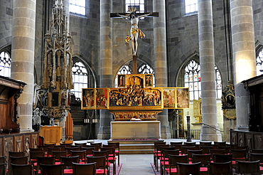 Interior with altar, Protestant Parish Church of St. Michael, Schwaebisch Hall, Baden-Wuerttemberg, Germany, Europe