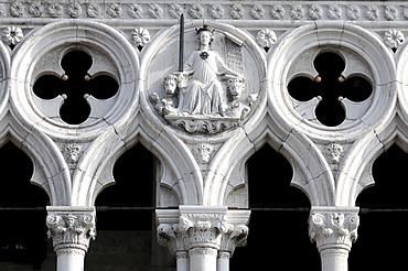 Detail, Doge's Palace, Palazzo Ducale di Venezia, Piazza San Marco, Venice, Veneto, Italy, Europe