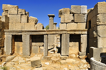 Ancient Roman temple ruin, archeological site of Qalaat Faqra, Lebanon, Middle East, West Asia