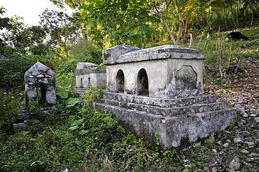 Tomb, Coq Chante near Jacmel, Haiti, Caribbean, Central America