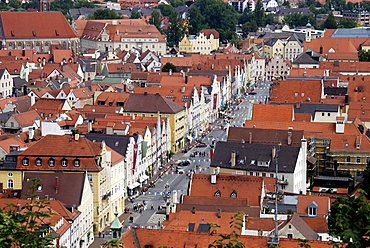 View of Neutstadt district, decorated for the Landshut Wedding 2009, a large medieval pageant, Landshut, Lower Bavaria, Bavaria, Germany, Europe