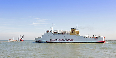 Ferry boat leaving Ostend Harbor, Belgium, Europa