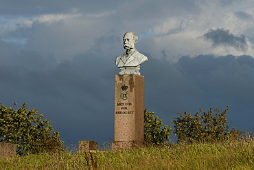 Memorial to Christian IX of Denmark near Dybboel Moelle windmill, Dybboel Peninsula, Sonderborg, South Denmark, Denmark, Europe