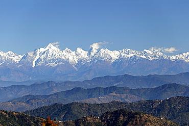 Himalaya mountain range as seen from Jhandi Devi view point, Uttarakhand region, northern India, India, Asia