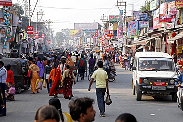 Street scene, Haldwani, Uttarakhand region, northern India, India, Asia