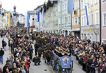 Leonhardifahrt, a procession with horses for the feast day of Saint Leonard of Noblac, Bad Toelz, Upper Bavaria, Bavaria, Germany, Europe
