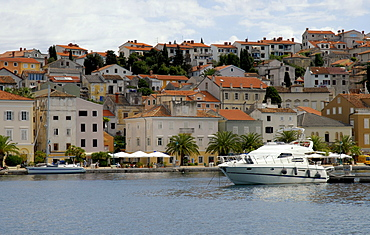 Harbour promenade of Mali Looeinj, Island of Cres, Croatia, Europe