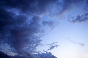 Cirrostratus, clouds in the evening sky