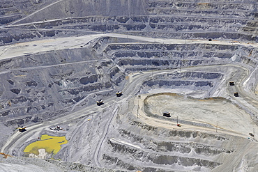 Bingham Canyon Mine or Kennecott Copper Mine, largest man-made open pit on earth, Oquirrh Mountains, Salt Lake City, Utah, USA, America