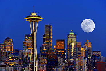 Night scene with full moon, skyline of the Financial District in Seattle, Space Needle, Columbia Center, formerly known as Bank of America Tower, Washington Mutual Tower, Two Union Square Tower, Municipal Tower, formerly Key Tower, US Bank Center, Washing