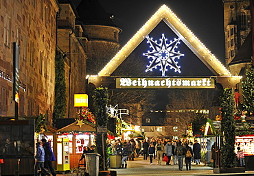 Entrance, Christmas market, Altes Schloss castle, Stuttgart square, Stuttgart, Baden-Wuerttemberg, Germany, Europe