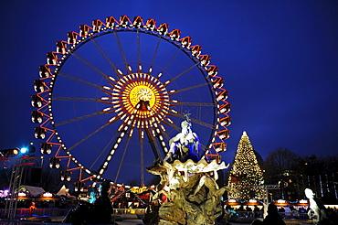 Christmas market with a ferris wheel at the Neptune Fountain, Alexanderplatz, Berlin, Germany, Europe