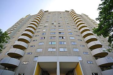 18-storey apartment building by Walter Gropius, Gropius City, satellite settlements, large housing estate, satellite town with 18, 000 homes, Neukoelln, Berlin, Germany, Europe