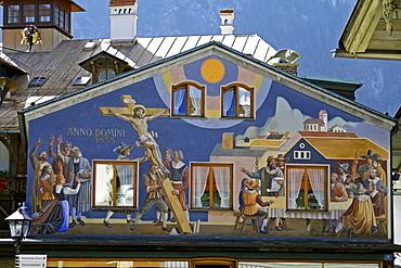 """""""Lueftlmalerei"""", painted building facade, Oberammergau, Bavaria, Germany, Europe"""