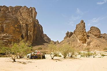 Lonely tent at gorge of Essendilene, Algeria, Africa