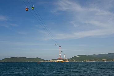 Gondola linking mainland China with the island of Hon Tre, Nha Trang, Vietnam, Asia