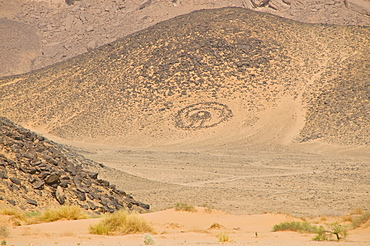 Traditional burial place of a Touareg in the desert near Tikoubaouine, Algeria, Africa