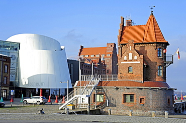 German Oceanographic Museum and the Ozeaneum in the port of Stralsund, winner of the European Museum of the Year Award 2010, November 2010, Port Authority and warehouse, Stralsund, Mecklenburg-Western Pomerania, Germany, Europe