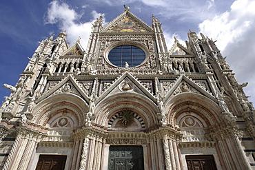 Facade of the Cathedral of Santa Maria Assunta, Siena, Tuscany, Italy Europe