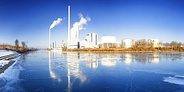 Icy Neckar river and electricity plant, Altbach, Baden-Wuerttemberg, Germany, Europe