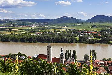 Stein an der Donau district, Goettweig Abbey at the back, Wachau valley, Waldviertel region, Lower Austria, Austria, Europe