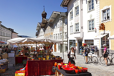 Pottery market in Marktstrasse, market street, Bad Toelz, Isarwinkel, Upper Bavaria, Bavaria, Germany, Europe
