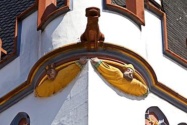 Figure, facade decoration, Steipe, former town hall, Hauptmarkt square, Trier, Rhineland-Palatinate, Germany, Europe