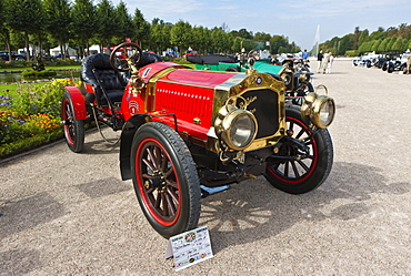 DeDion Bouton CU 533 GP, built in 1908, France, Classic-Gala, Concours d'Elegance in the Baroque castle gardens, Schwetzingen, Baden-Wuerttemberg, Germany, Europe