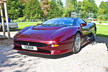 Jaguar Coupe XJ 220, built in 1994, GB, Classic-Gala, Concours d'Elegance in the Baroque castle gardens, Schwetzingen, Baden-Wuerttemberg, Germany, Europe