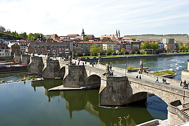 Alte Mainbruecke Main river bridge, Wuerzburg, Bavaria, Germany, Europe