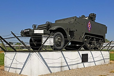 """American """"Half-track Type M 16"""" tank from 1944-45 from the Second World War, Musee Memorial Maginot museum, 20 Rue Rhin, Marckolsheim, Alsace, France, Europe"""
