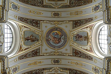 Detail, vaulted ceiling of the baroque Basilica of St. Lorenz, 1652 - 1748, stucco by Giovanni Zuccalli, frescoes by Andrew Asper, Kempten, Bavaria, Germany, Europe