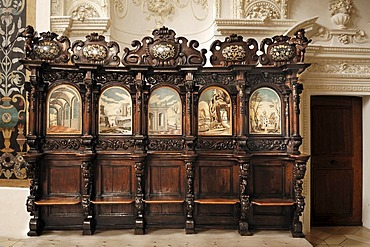 Baroque choir stalls in the baroque Basilica of St. Lorenz, 1652 - 1748, stucco by Giovanni Zuccalli, frescoes by Andrew Asper, Kempten, Bavaria, Germany, Europe