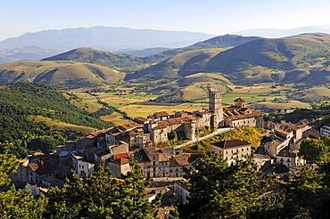 Castel del Monte, Abruzzo, Italy, Europe