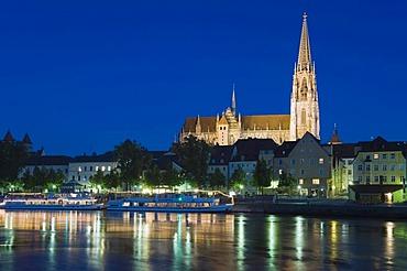 Regensburg Cathedral, UNESCO World Heritage Site, Danube, Regensburg, Upper Palatinate, Bavaria, Germany, Europe