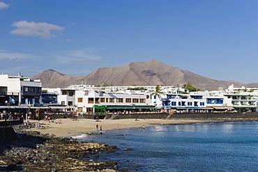 Beach and promenade, Los Limones, Playa Blanca, Lanzarote, Canary Islands, Spain, Europe