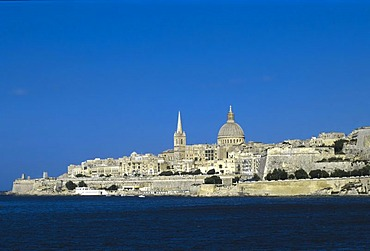 View across Marsamxett Harbour towards St. Paul's Anglican Cathedral and Carmelite Church, Valletta, UNESCO World Heritage Site, Malta, Europe
